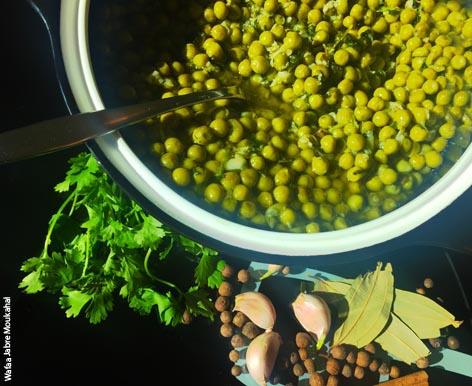 Sweet peas ragoût with vermicelli rice - DinoW