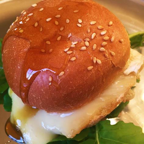 Camembert au miel - DinoW