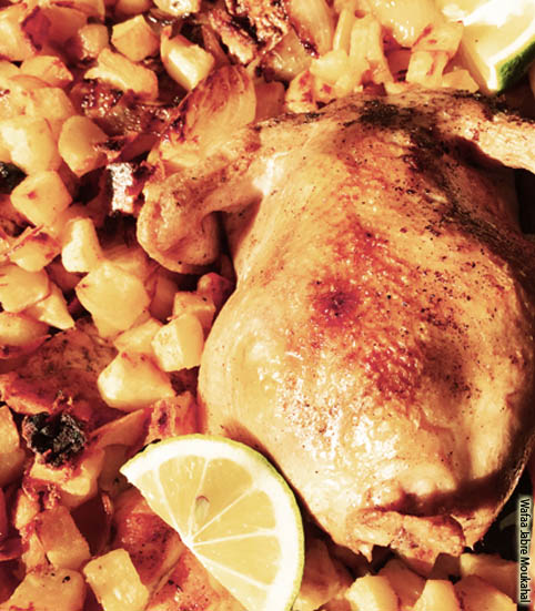 Roasted chicken with potatoes - Dinow